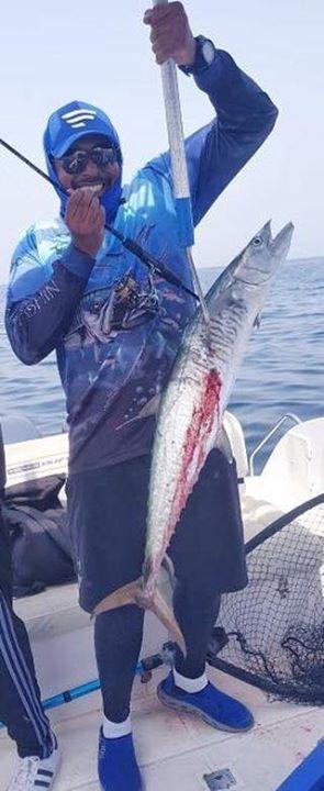 ドバイより…Malik Almuhairbyさんから釣果写真、頂きました。